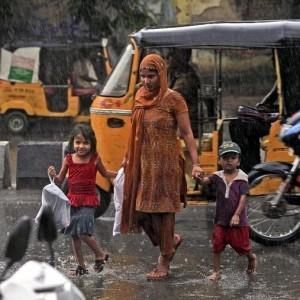 india-rain-2011-8-20-7-20-17