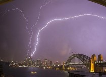 Lightening strikes Sydney