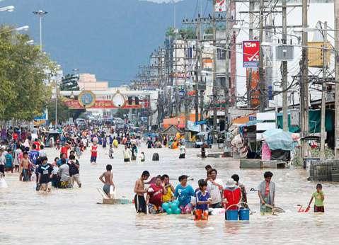 Worst Flooding Of Decade Hits Malaysia Philippines Kills