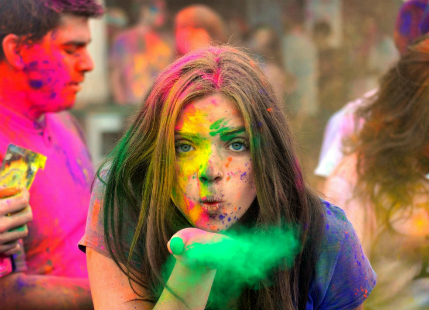 Home Remedies To Protect Your Skin And Hair This Holi