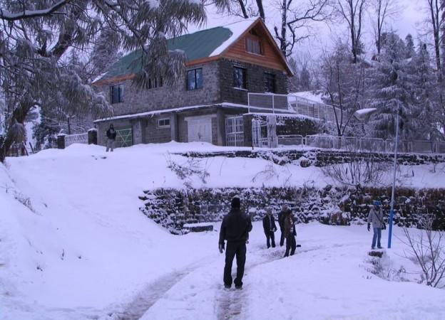 Murree snow