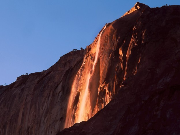Yosemite National park Observes Firefall