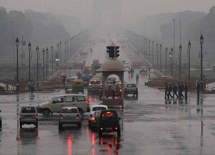 Rain In Delhi Leads to a No Fog Day