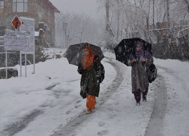 Rain and snow in Jammu and Kashmir