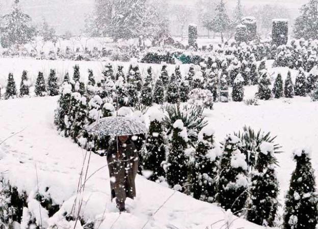 heavy-snowfall-in-srinagar