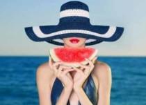 lady-on-the-beach