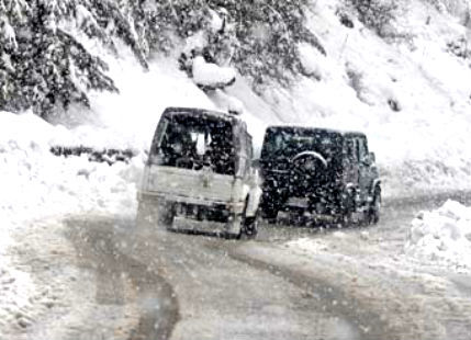Avalanche_Kashmir