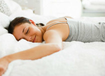 6 Reasons to Sleep in Early on a Sunday Night
