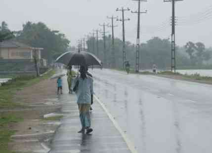 Rain in Bangladesh and Sri Lanka