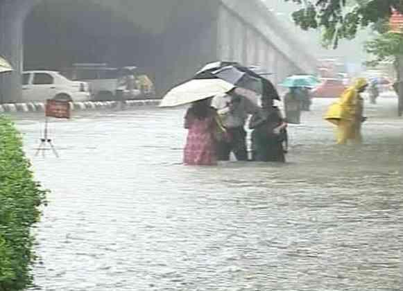 Mumbai clogged