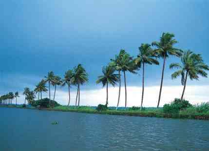 6 Reasons to Visit Kerala During Monsoon