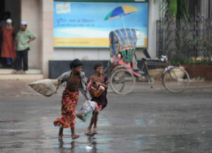 Heavy rains lash Bangladesh, more in the offing