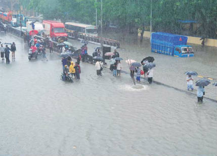 Extremely heavy rain observed in Gujarat
