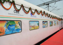 Climate on Wheels: India flags off 'Science Express'