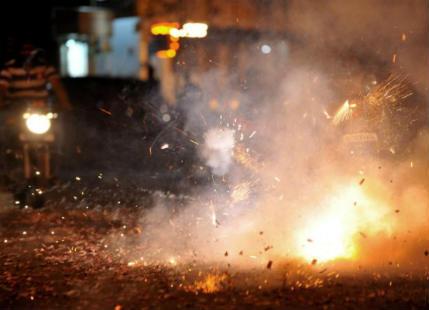 Diwali Pollution worsens Air Quality in Delhi