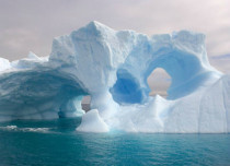 Giant Icebergs in Antarctica slowing Climate Change