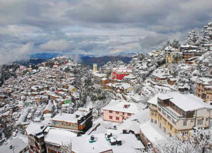 Snowfall makes an appearance over Shimla, more in the offing