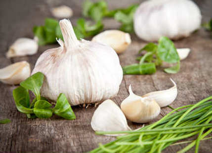 Wellness Wednesday: 5 Reasons to make peace with garlic