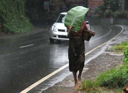 Parts of Karnataka and Kerala receive rain, more in the offing