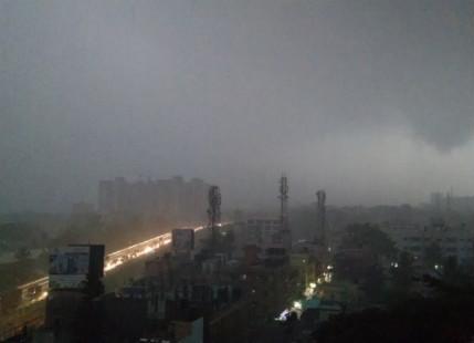 Cyclone Roanu helps Bangalore surpass its monthly average rainfall