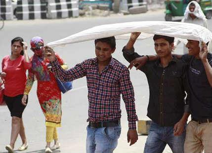 Heat wave in Delhi and north India