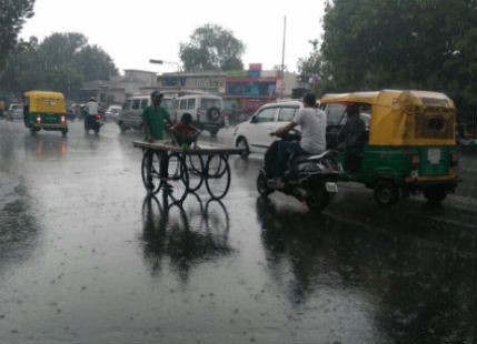 Ahmedabad receives good Pre-Monsoon showers, Monsoon to follow soon