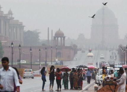 Delhi rajpath rain
