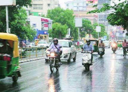 Porbandar receives rain after a prolonged dry spell