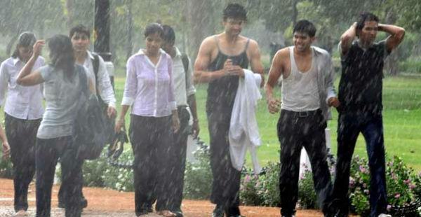 Rain in Delhi and NCR Saharasamaya