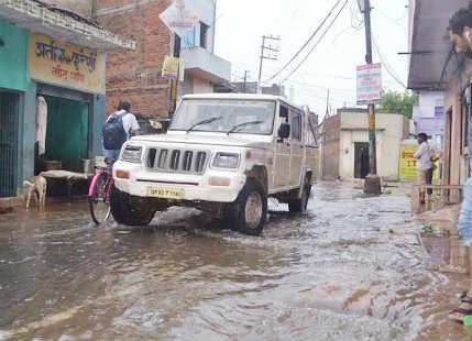 jhansi rains