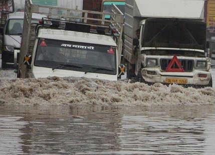 Heavy Monsoon rains batter Delhi, intensity to reduce by tomorrow