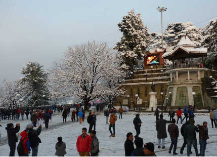 Throwback: Shimla came alive with snowfall as it turned into a wintery wonderland