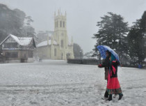 Snow in Jammu and kashmir_Livemint 429
