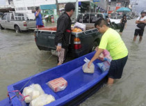 Holiday paradise Thailand hit with heavy floods, 14 killed