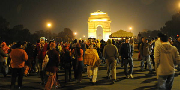 Delhi fogged up on New Year Day, flights, trains disrupted