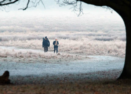 Britain to witness freezing fog, sub zero temperatures to persist