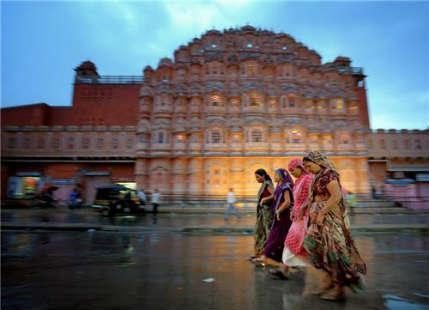 Jaipur witnesses rain, hailstorm; more showers likely