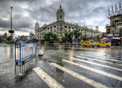 Kolkata observes light rain, more showers today