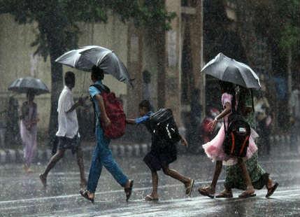 Light rain and lightning activity likely over Northeast Bihar