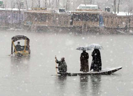 Heavy rains in Srinagar, Kashmir break records; highest ever in April