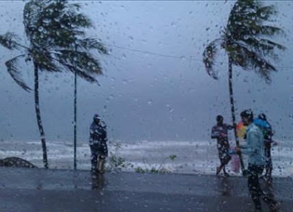 Three digit Monsoon rains lash Agumbe, Mangalore, Ratnagiri