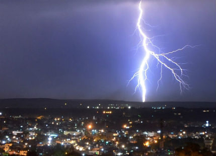 Lightning and rain in Patna_The Quint