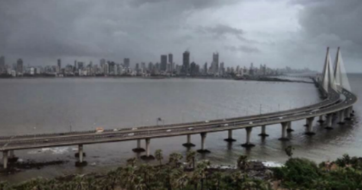 lightning maps live with Mumbai Rains To Continue As Monsoon Almost Set In on Lansdowne further Ceos Take Monsoon 2016 To Be A Boon For Indian Agriculture also India Gears Up For Early Onset Of Southwest Monsoon 2016 also Maringa  Parana as well Mumbai Rains Take Baby Steps Towards Daunting Target.