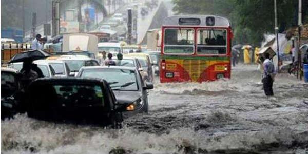 Image result for mumbai under heavy rain 2017
