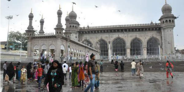 Mumbaikars will have to wait a few more days for heavy rains
