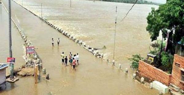 Gujarat flood_News CDN 600