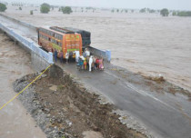 Gujarat-floods Floodlist 429