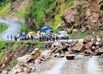 Landslide-in-Uttarakhand1