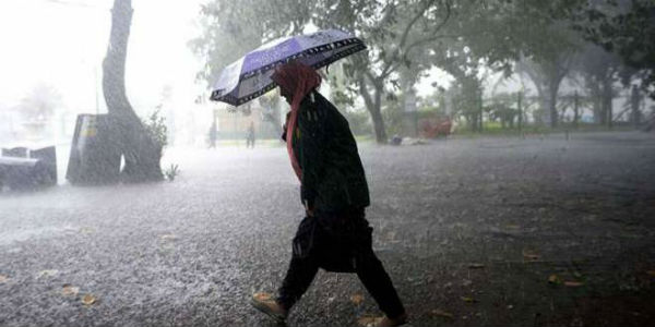 Heavy rains lash Bengaluru, more showers in the offing