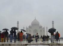 Agra rain